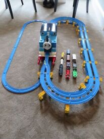 Tomy Trackmaster Giant Thomas the Tank Train Set 7404 with trains 100% Complete! - Can deliver