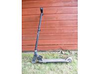RAZOR black foldable scooter