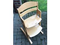 Children's high chair/dinner chair