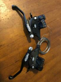 SHIMANO DEORE 3x9 SPEED BRAKE LEVERS & SHIFTERS ST-M510