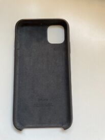 iPhone 11 black cover