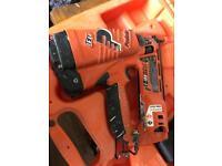 Paslode li- ion second fix nail gun IM250A LI