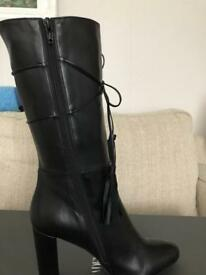 1/2 leg boot leather with tassel size 38 eu