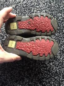 Clarks boys shoes size 5 1/2f