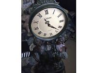 Juliana Quartz Clock (2 ladies)