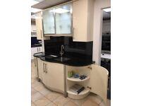 Kitchen display- Gloss Alabaster