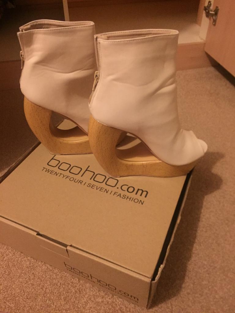 bffd6d1110 Unusual Boohoo Peep toe wedges cream size 4 | in Brough, East ...