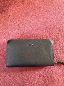 Black grained leather Markberg long purse