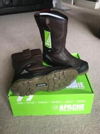 Apache Riger Boot - BSS-AP305 - BNIB
