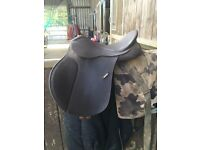 "16"" Brown wintec saddle"
