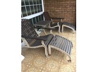 Steamer chairs and table