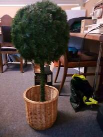 Artificial bay tree and basket