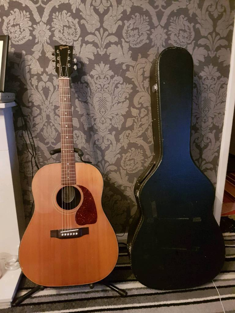 83 Gibson j-25 acoustic