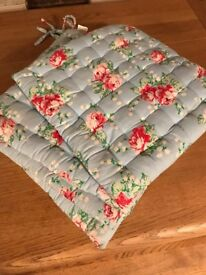 4 x Cath Kidston Style Seat Cushions