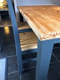 Table & 4 longline chairs