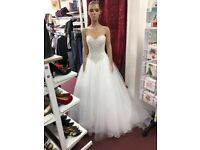 BRAND NEW, NEVER BEEN WORN Mori Lee wedding dress