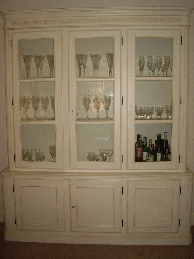 Laura Ashley Provencale Ivory Display Cabinet Dresser In
