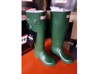 Hunter Wellies Ladies Original Tall in Green size 3