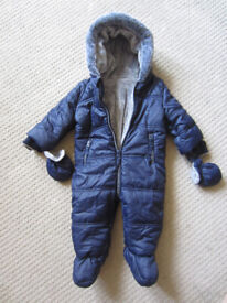 Super soft and warm snowsuit, 6-9mths, Navy blue. New without tags.
