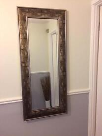 Large feature mirror.