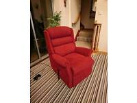 Celebrity Rise & Recline Chair