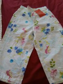 Girls cotton trousers.