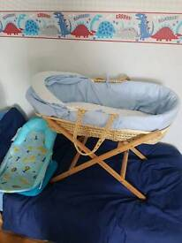 Moses basket and baby bath seat