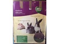 Animal play pen/run
