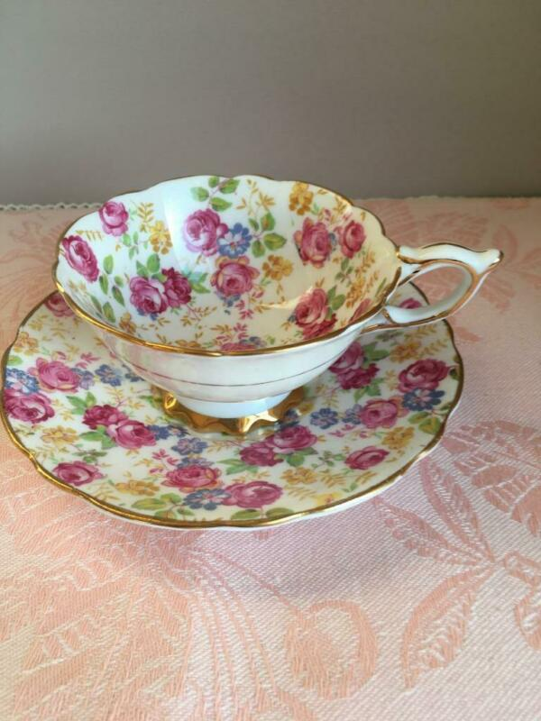Vintage ROYAL STANDARD Pink Chintz JUNE ROSES   TEA CUP & SAUCER