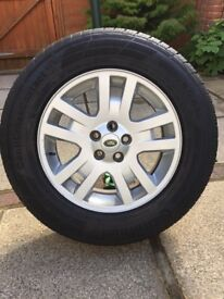 Land Rover Freelander 2 Alloy Wheel with nearly new 8mm Continental Tyre