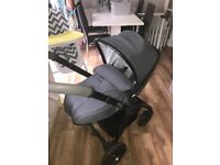 Egg Quantum Grey Pram *only 1 year old like NEW
