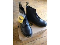 Dr Marten boots in perfect condition size 9