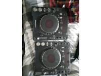 Pair of pioneer cdj mk 3
