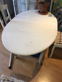 Kitchen table & 4 chairs: Scandinavian Antique