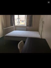 Single room for foreign student near Asda ,railway station and landsowne BU