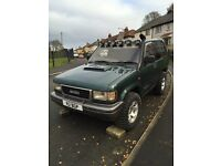 Isuzu trooper 3.1td spares or repair 4x4 off-roader not shogun pajero bighorn