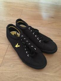 Lyle and scott, black canvas trainers