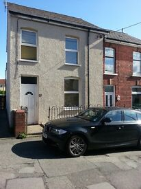 2 Bedroom End Terrace, Croesyceiliog, Cwmbran for Rent