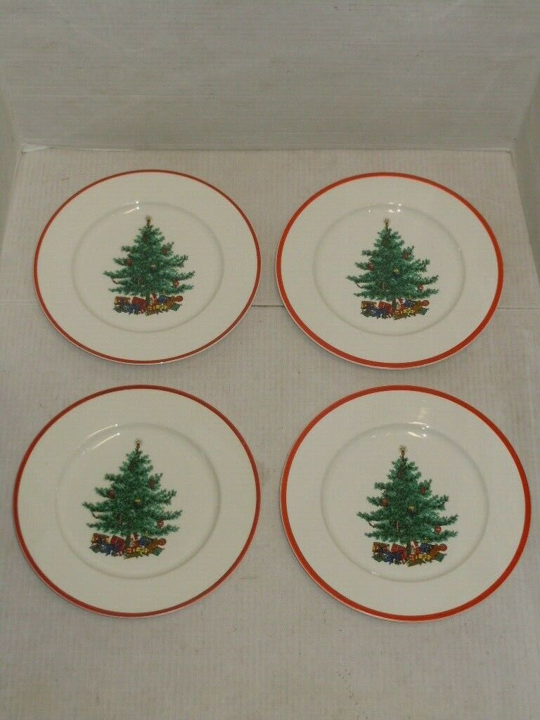VINTAGE TAYLOR SMITH TAYLOR LOT OF 4 HOLLY SPRUCE DINNER PLATES WITH BOX - $44.99