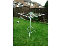 Mobile clothes airer