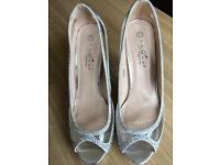Evening/Prom/Wedding Shoes Size 6