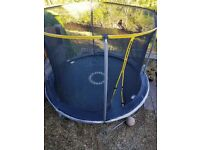 10ft trampoline with net safety enclosure,