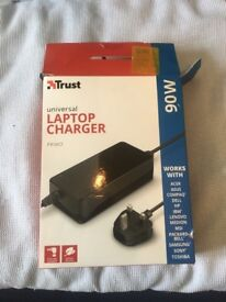 Universal LAPTOP CHARGERS Acer Asus Compaq Dell Fujitsu IBM Lenovo Packard Bell Samsung Sony Toshiba