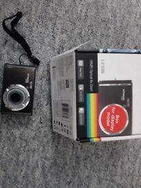Polaroid iE 826N digital camera