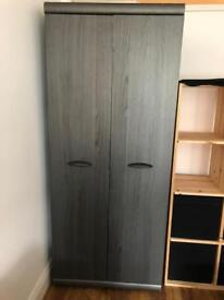 Wardrobe + Chest of drawers