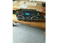 Lasonic i931 High Performance Portable Music System good condition ( PORTABLE WITH Bluetooth ADAPTOR