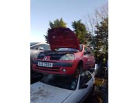 2003 RENAULT CLIO 1,2 PETROL BREAKING FOR PARTS