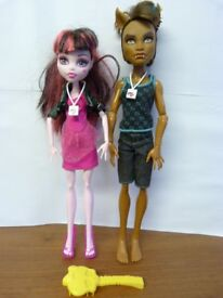 Clawd Wolf & Draculaura Music Festival Couple Monster High Dolls Bundle.
