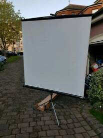 Projector screen 60 inch like brand new white tripod stand boxed