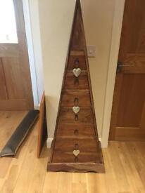 Pyramid cabinet